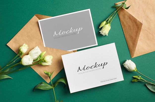 Maquete do cartão de convite com frente e verso