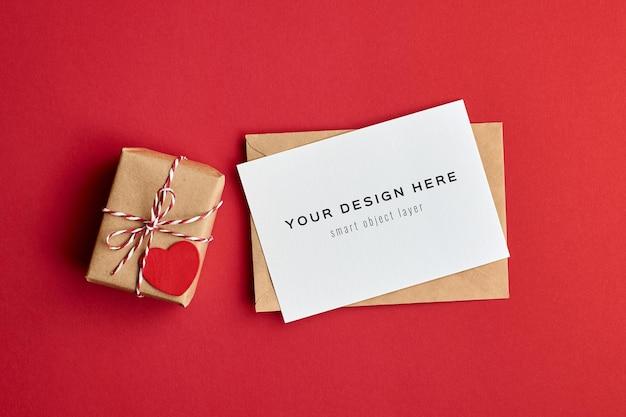 Maquete do cartão de dia dos namorados com caixa de presente decorada