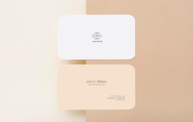 Maquete do cartão de visita, frente e verso, configuração plana