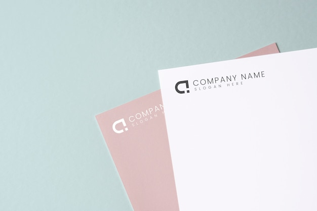 Maquete do documento em um fundo liso
