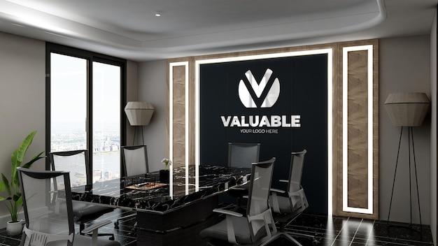 Maquete do logotipo 3d na sala de reuniões do escritório com design de interiores de luxo
