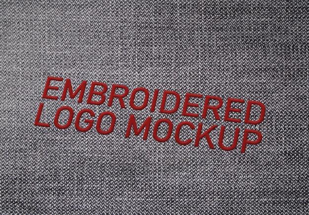 Maquete do logotipo bordado