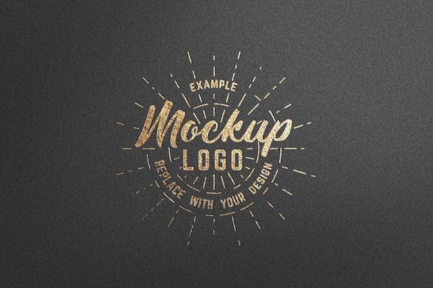 Maquete do logotipo com textura de ouro luxuoso