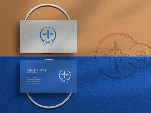 Maquete do logotipo do cartão de visita de luxo moderno com relevo