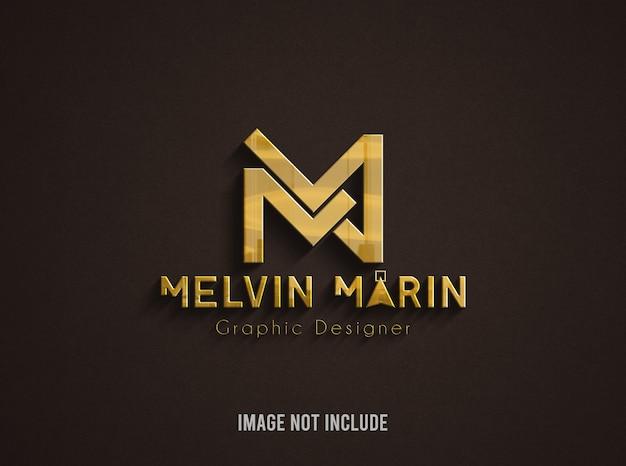 Maquete do logotipo dourado contra superfície marrom