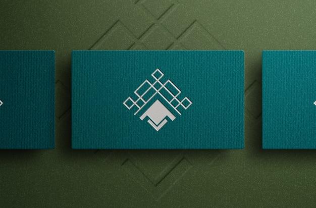 Maquete do logotipo em cartão de visita de luxo vista de cima