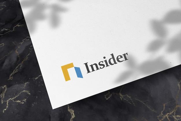 Maquete do logotipo em papel branco