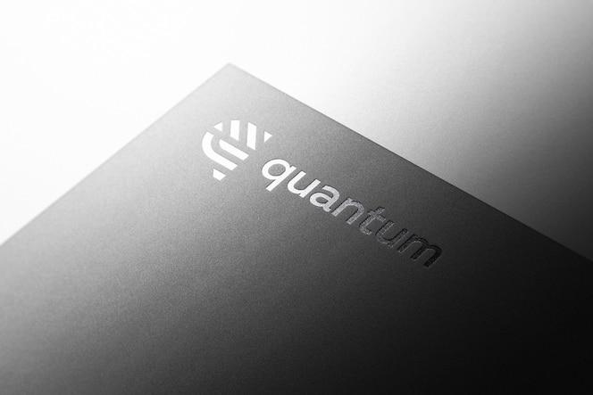 Maquete do logotipo metálico