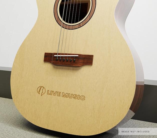 Maquete do logotipo na guitarra clássica