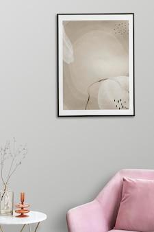 Maquete do porta-retrato psd por uma poltrona de veludo rosa