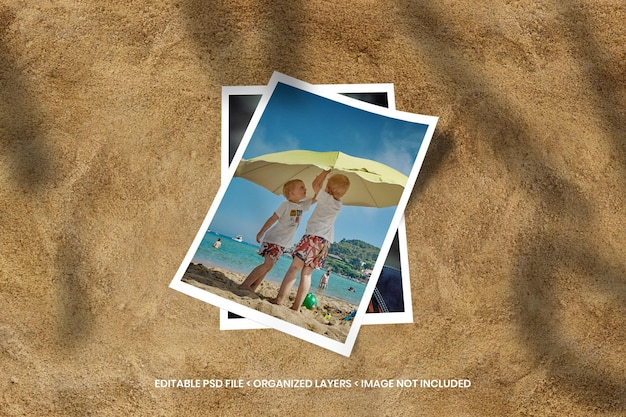 Maquete do porta-retratos de papel na praia de areia