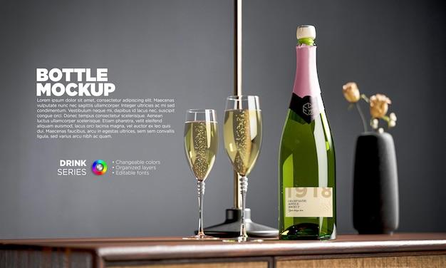 Maquete do rótulo da garrafa de champanhe com óculos