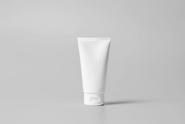 Maquete do tubo de lavagem de rosto