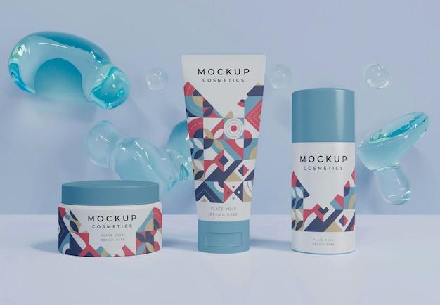 Maquete e bolhas de cosméticos