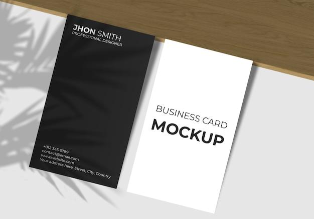 Maquete elegante de cartão de visita vertical