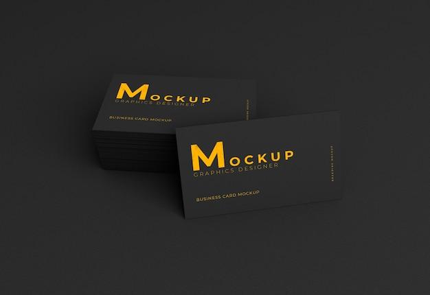 Maquete elegante e realista de cartão de visita escuro