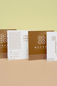 Maquete elegante para composição de cartões corporativos
