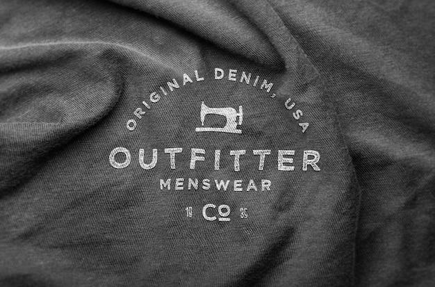 Maquete enrugada camisola de logotipo
