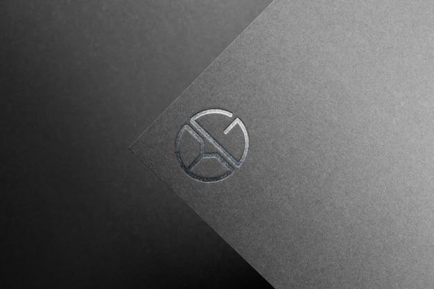 Maquete logotipo papel preto prata