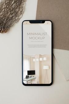 Maquete minimalista de smartphone com vista superior