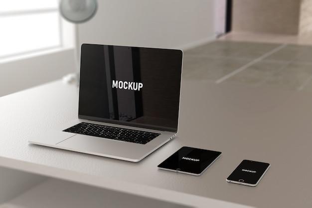 Maquete para laptop e celular