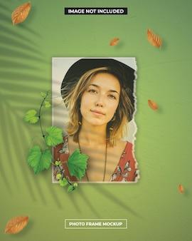 Maquete polaroid de moldura de foto