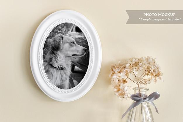 Maquete psd editável com moldura branca redonda estilo boho romântico e planta seca e fofa