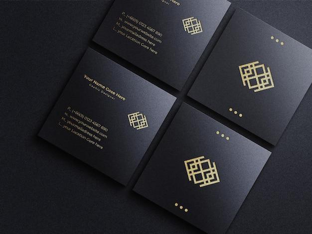 Maquete quadrada de cartão de visita com logotipo de folha de ouro