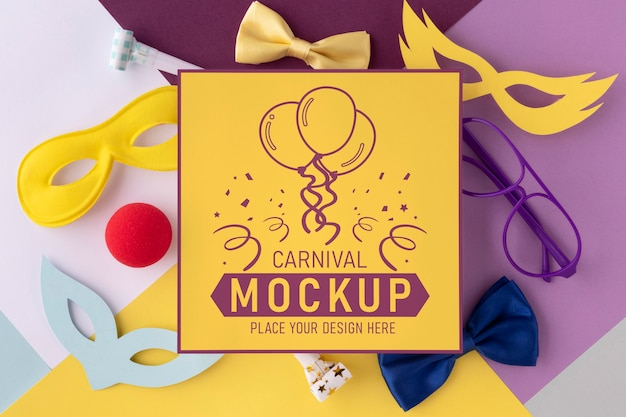 Maquete quadrada e plana com acessórios de carnaval