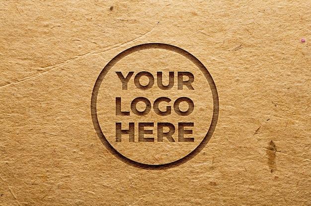 Maquete realista do logotipo com efeito de papel gravado