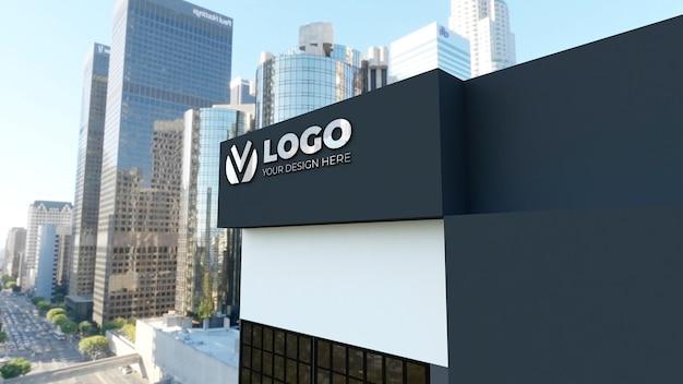 Maquete realista do logotipo do sinal 3d no prédio da empresa