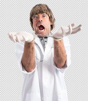 Médico louco com algemas