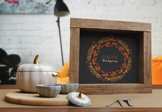 Mensagem na moldura de madeira para o dia de ação de graças
