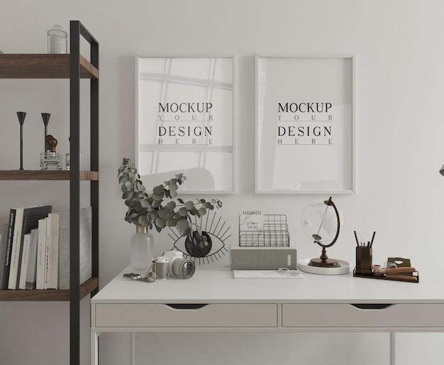 Mesa branca com pôster de maquete emoldurada em renderização em 3d