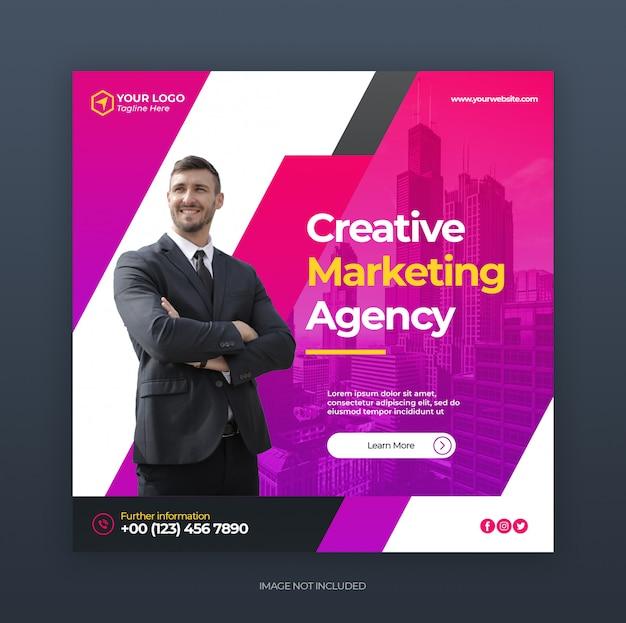 Mídias sociais postar banner ou panfleto quadrado com conceito de marketing criativo de negócios digitais