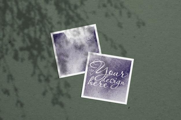 Mock-se de cartões com sombras de plantas