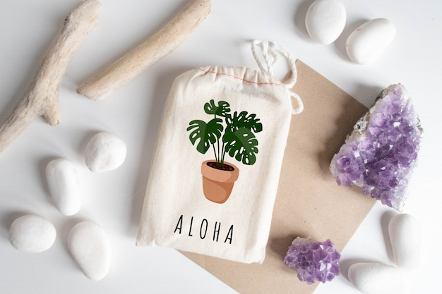 Mock-se de saco de algodão com papel artesanal