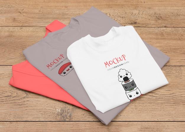 Mock-up do conceito de t-shirt de ângulo elevado