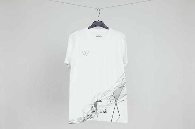 Mock-up do t-shirt