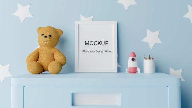Mock up poster frame com fofo urso de pelúcia para um menino bebê chuveiro renderização 3d