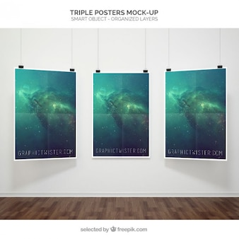 Mockup cartaz triplo