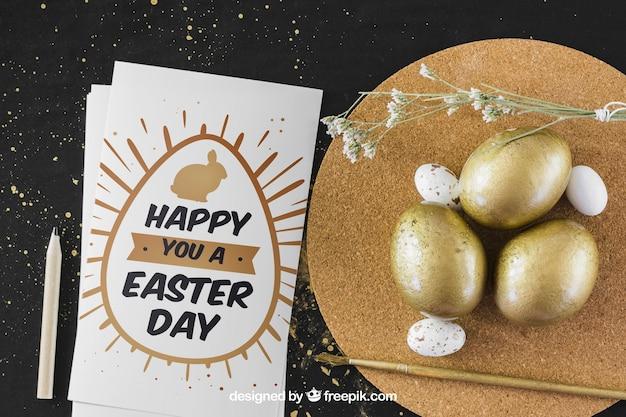 Mockup de páscoa com ovos de ouro