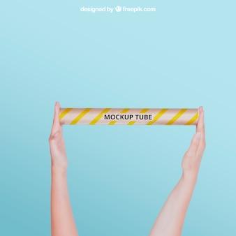 Mockup de tubo com braços