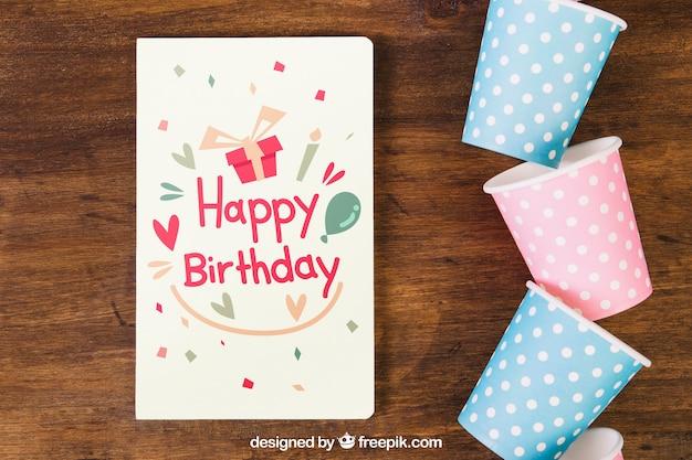 Mockup do cartão com design de aniversário