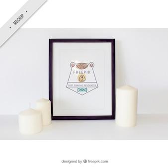 Mockup quadro decorativo com velas brancas