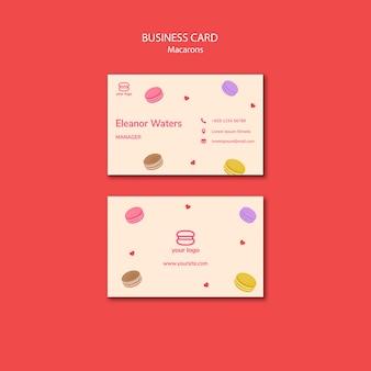 Modelo com macarons para cartão de visita