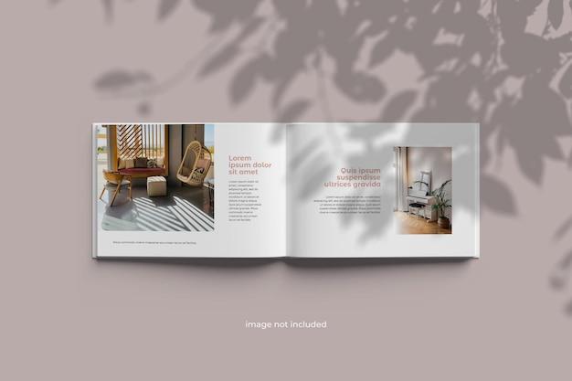 Modelo de álbum de livro de paisagem Psd Premium