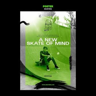 Modelo de anúncio de patinação em cartaz
