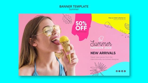 Modelo de banner com design de venda de verão
