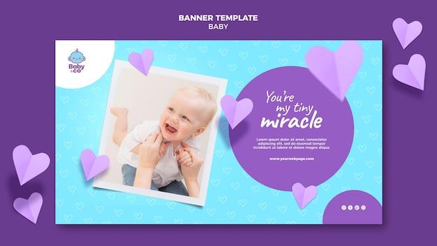 Modelo de banner com foto de bebê